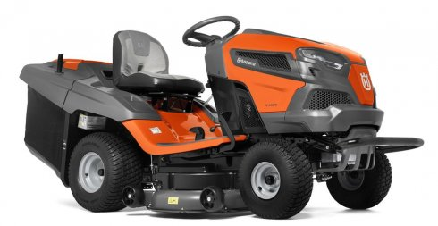 Traktor z koszem TC 242TX